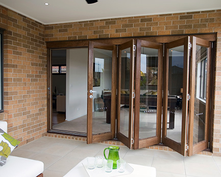 Homeview Bifold door 2 v1